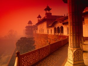 http://www.hdwallpapers.in/walls/agra_fort_india-normal.jpg